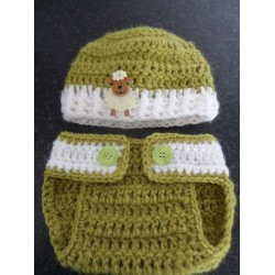 Baby Hat and Nappy Cover Design 7